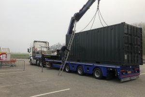 lossen met vrachtwagen